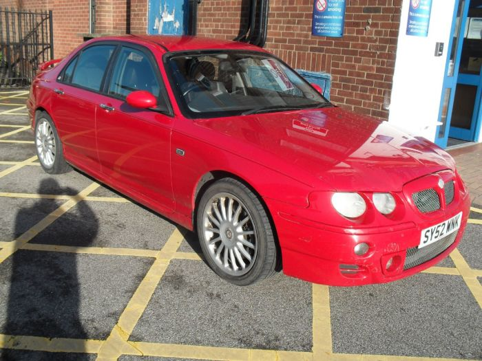 MG ZT 2.5 190 + 4dr Saloon Petrol Red