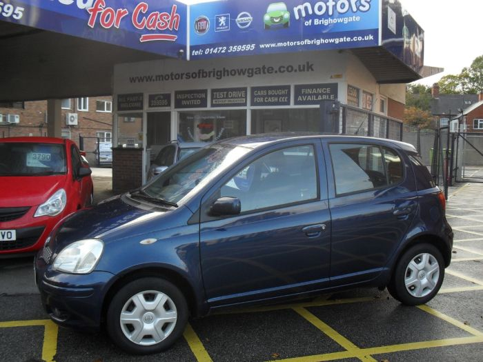 Toyota Yaris 1.0 VVT-i Colour Collection 5dr Hatchback Petrol Met Blue