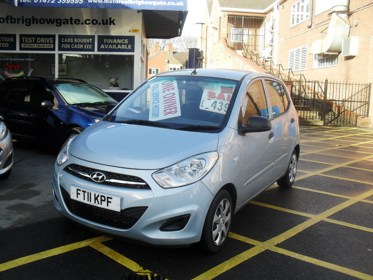 Hyundai i10 1.2 Classic 5dr Hatchback Petrol Silver/blue at Motors of Brighowgate Grimsby