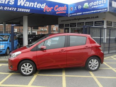 Toyota Yaris 1.0 VVT-i TR 5dr Hatchback Petrol Red MetToyota Yaris 1.0 VVT-i TR 5dr Hatchback Petrol Red Met at Motors of Brighowgate Grimsby