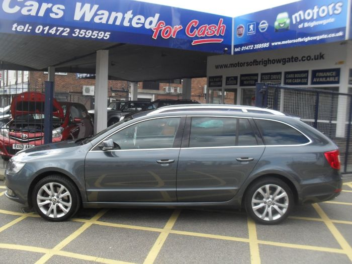 Skoda Superb 2.0 TDI CR 140 SE Business 5dr Estate Diesel Grey Met