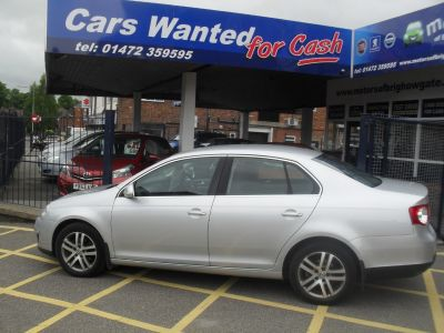Volkswagen Jetta 2.0 SE TDI PD 4dr DSG Saloon Diesel SilverVolkswagen Jetta 2.0 SE TDI PD 4dr DSG Saloon Diesel Silver at Motors of Brighowgate Grimsby