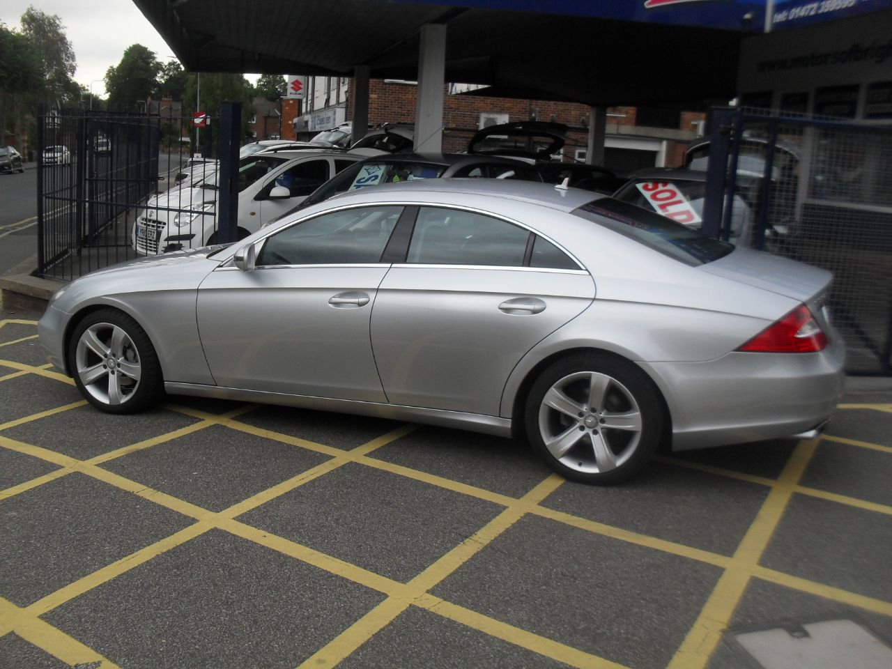 Mercedes-Benz CLS 3.0 CLS 320 CDI 4dr Tip Auto Coupe Diesel Silver at Motors of Brighowgate Grimsby