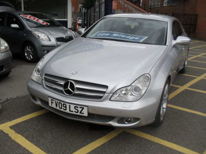 Mercedes-Benz CLS 3.0 CLS 320 CDI 4dr Tip Auto Coupe Diesel Silver