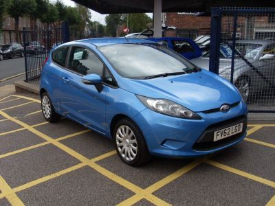 Ford Fiesta 1.25 Edge 3dr [82] Hatchback Petrol Vision BlueFord Fiesta 1.25 Edge 3dr [82] Hatchback Petrol Vision Blue at Motors of Brighowgate Grimsby