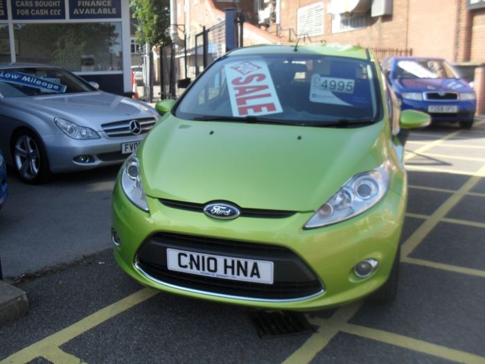 Ford Fiesta 1.4 Zetec 5dr Hatchback Petrol Squeeze