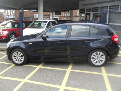 BMW 1 Series 2.0 120i SE 5dr Step Auto Hatchback Petrol BlueBMW 1 Series 2.0 120i SE 5dr Step Auto Hatchback Petrol Blue at Motors of Brighowgate Grimsby