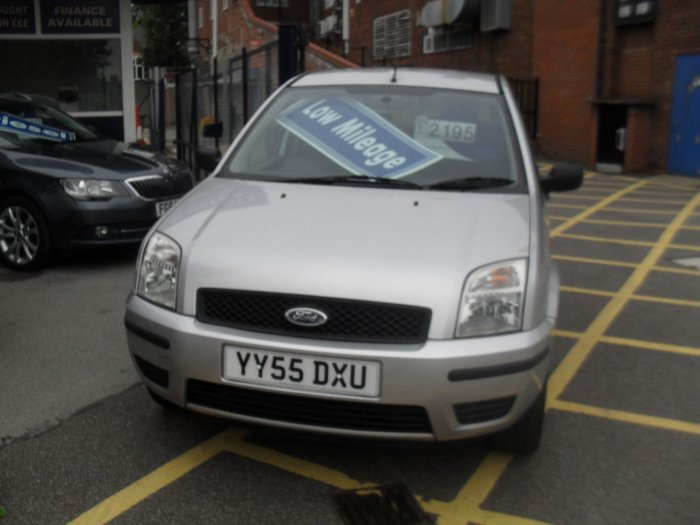 Ford Fusion 1.4 2 5dr Hatchback Petrol Silver