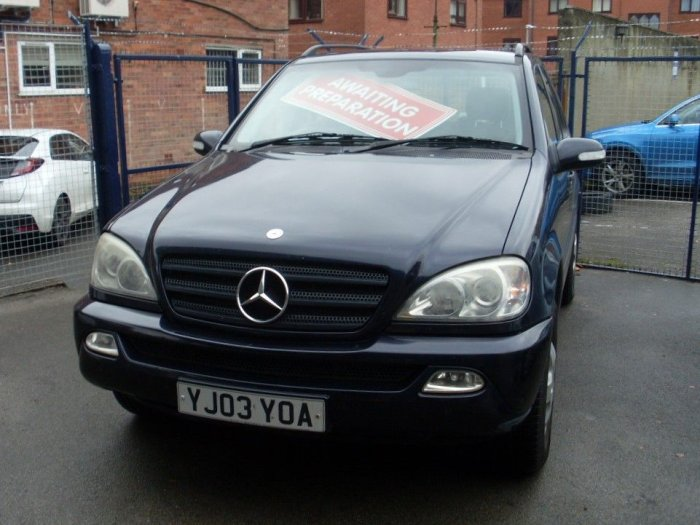 Mercedes-Benz M Class 2.7 ML270 CDI 5dr Tip Auto Estate Diesel Blue