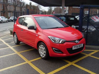 Hyundai i20 1.2 Classic 3dr Hatchback Petrol Bright RedHyundai i20 1.2 Classic 3dr Hatchback Petrol Bright Red at Motors of Brighowgate Grimsby