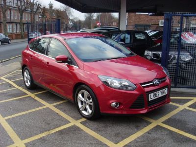 Ford Focus 1.0 125 EcoBoost Zetec 5dr Hatchback Petrol Metallic RedFord Focus 1.0 125 EcoBoost Zetec 5dr Hatchback Petrol Metallic Red at Motors of Brighowgate Grimsby