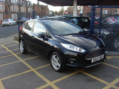 Ford Fiesta 1.0 Zetec 5dr Hatchback Petrol Panther BlackFord Fiesta 1.0 Zetec 5dr Hatchback Petrol Panther Black at Motors of Brighowgate Grimsby