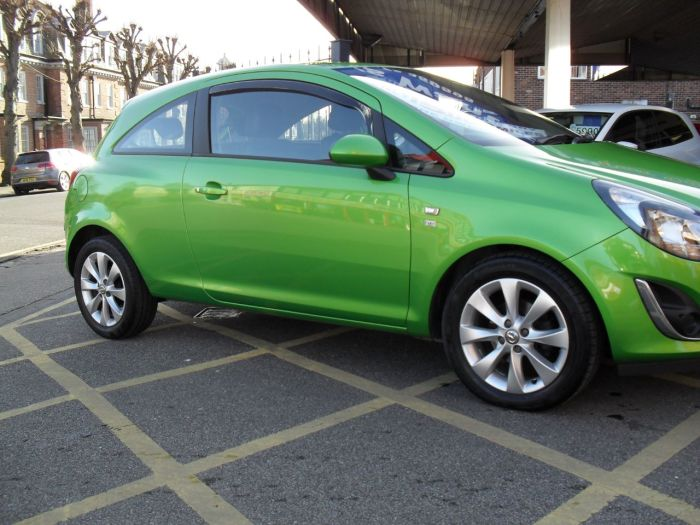 Vauxhall Corsa 1.2 Excite 3dr [AC] Hatchback Petrol Green
