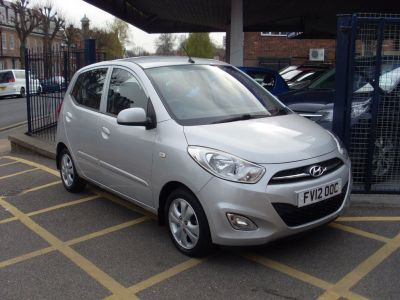 Hyundai i10 1.2 Active 5dr Hatchback Petrol SilverHyundai i10 1.2 Active 5dr Hatchback Petrol Silver at Motors of Brighowgate Grimsby