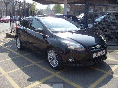 Ford Focus 1.0 125 EcoBoost Zetec 5dr Hatchback Petrol Panther BlackFord Focus 1.0 125 EcoBoost Zetec 5dr Hatchback Petrol Panther Black at Motors of Brighowgate Grimsby
