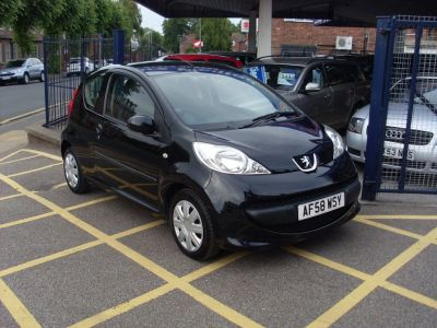 Peugeot 107 1.0 Urban 3dr A/C Hatchback Petrol BlackPeugeot 107 1.0 Urban 3dr A/C Hatchback Petrol Black at Motors of Brighowgate Grimsby